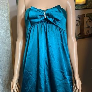 Trixxi SZ 3 Teal satin bow accent dress strapless